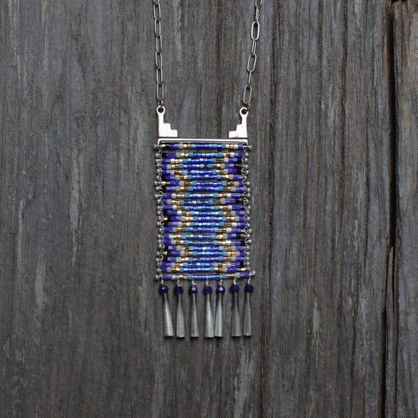Rio Que Fluye Necklace with Lapis