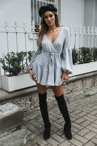Robe Pull à Manches Bouffantes