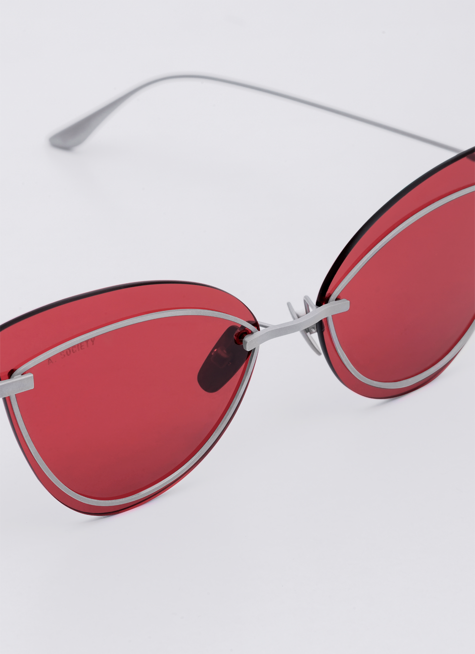 A SOCIETY LINDA - Red Titanium Cat-Eye Sunglasses Detail