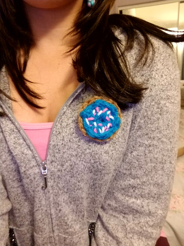 Blue Donut Brooch - Heathers Yarn Barn