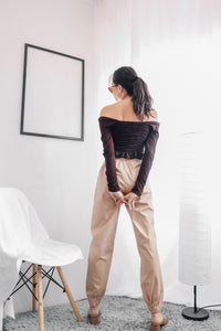 Highwaisted Cargo Trousers In Sand