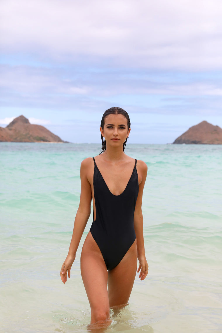 Sophia One Piece Black