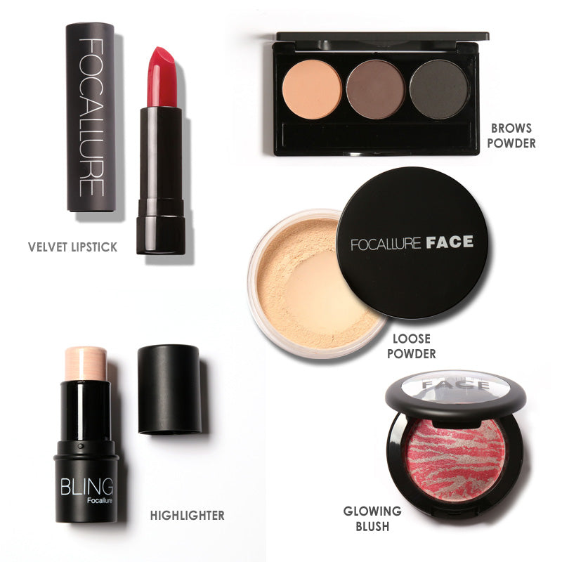 MUST HAVE MAKEUP KIT WITH BAG