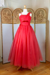 Original 1950's red prom dress in flame red organza with a full circle skirt