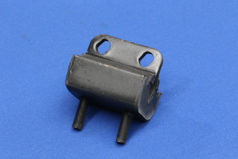ENGINE MOUNT (ALL 6 CYLINDER MODELS)