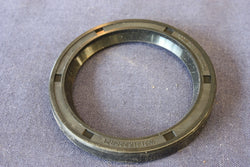 TR4A-6 DIFF 1/4 SHAFT OIL SEAL