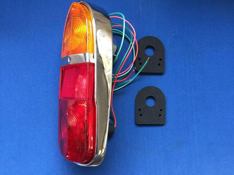 TR4-5 REAR TAIL LIGHT ASSEMBLY