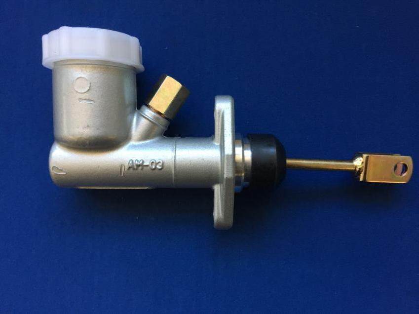 CLUTCH MASTER CYLINDER. TR6 0.7 INCH BORE