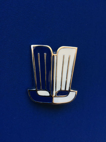 TRIUMPH HERALD/SPITFIRE SHIELD BONNET BADGE