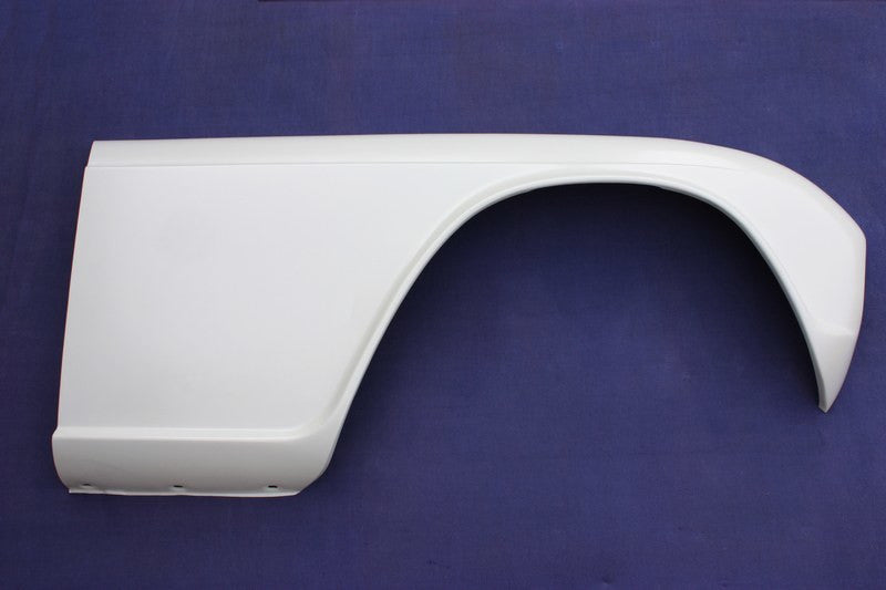 FRONT OUTER WING TR4-5 RH