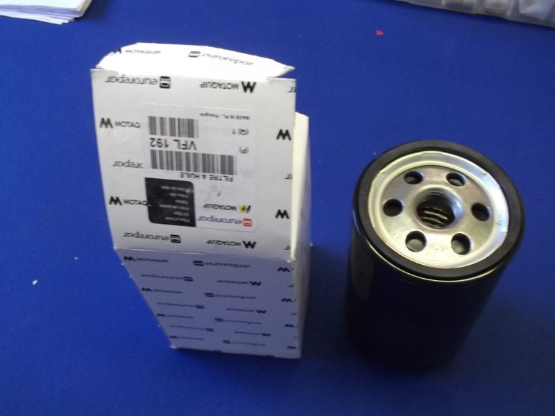 SPIN ON OIL FILTER TR4-6