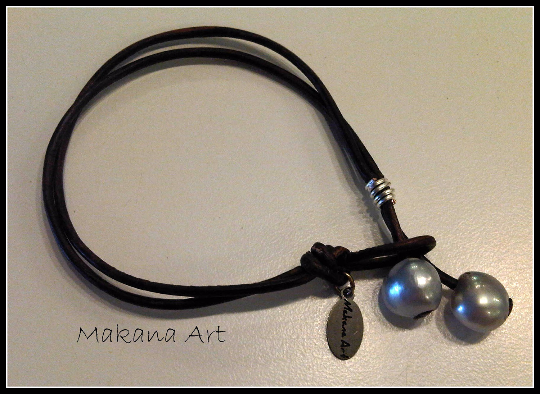 Silverberry Leather and Pearl Bracelet