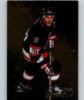 1998-99 Be A Player Autographs Gold Alexei Yashin  NHL Hockey Auto 04477