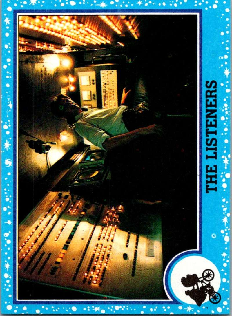 1982 Topps E.T. The Extraterrestrial #39 The Listeners