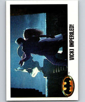 1989 Topps Batman #125 Vicki Imperiled!