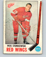 1969-70 O-Pee-Chee #65 Pete Stemkowski  Detroit Red Wings  V1338