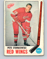 1969-70 O-Pee-Chee #65 Pete Stemkowski  Detroit Red Wings  V1339