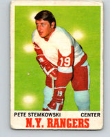 1970-71 O-Pee-Chee #25 Pete Stemkowski  Detroit Red Wings  V2475