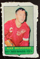 V7528--1969-70 O-Pee-Chee Four-in-One Mini Card Alex Delvecchio