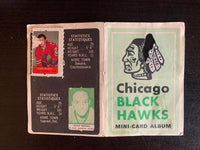 V7604--1969-70 O-Pee-Chee Four-in-One Card Album Chicago Blackhawks