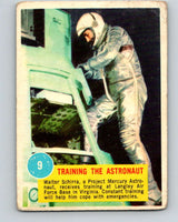 1963 Topps Astronauts #9 Training The Astronaut V10128