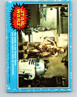 1977 OPC Star Wars #33 The droids in the Control Room   V33707