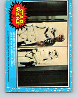 1977 OPC Star Wars #35 Luke and Han as stormtroopers   V33716