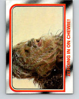 1980 Topps The Empire Strikes Back #31 Zeroing in on Chewie!   V43366