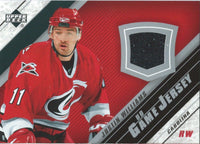 2005-06 Upper Deck Game Jersey JUSTIN WILLIAMS NHL Hockey 00695