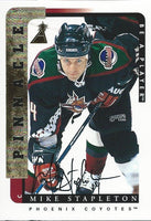 1996-97 Be A Player MIKE STAPLETON Auto Autographs Pinnacle Coyotes 00361