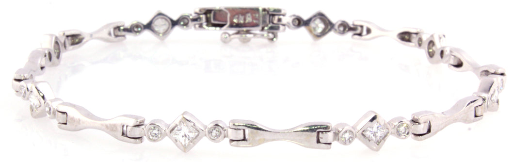 Estate 14K White Gold Diamond Bracelet