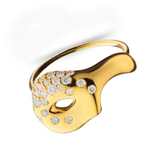 Unmasked™ Scattered Diamond Half Mask yellow Gold Ring