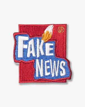 Fake News - Patch Red