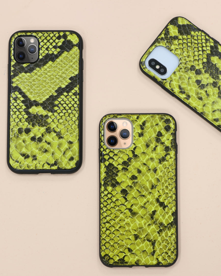 Neon Green Python, iPhone (11 / XR)