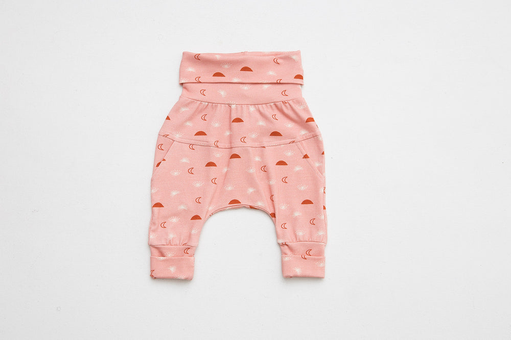 Grow-with-me pants | Little Moon Child