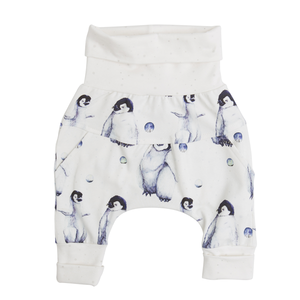 Front of Little Moon grow-with-me pants by Little Yogi | Tiny Squirrel