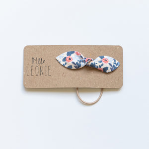 Elastic for hair with butterfly bow | Blue flowers and coral