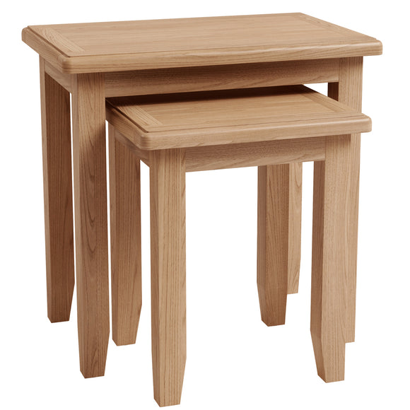 Chichester Oak Nest of 2 Tables