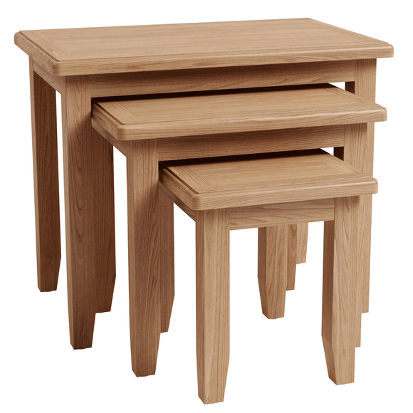 Chichester Oak Nest of 3 Tables