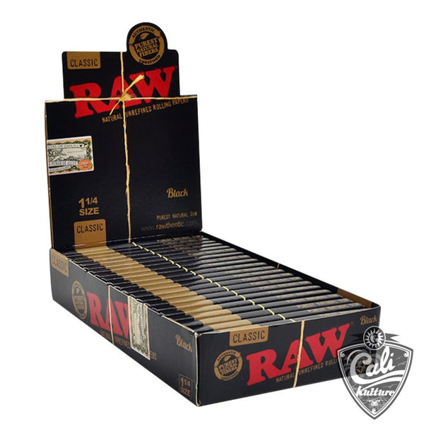 Raw Classic Black 1 1/4 Rolling Papers 24pk