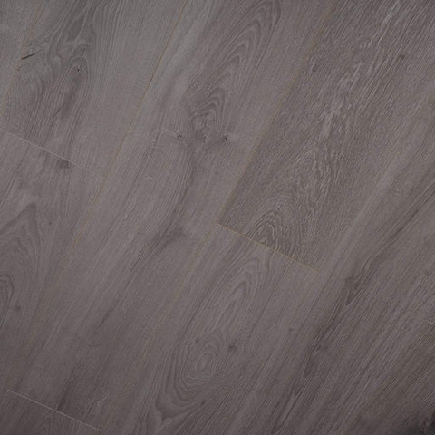 12mm Everest Oak Laminate - County Laminate - Jordans Flooring