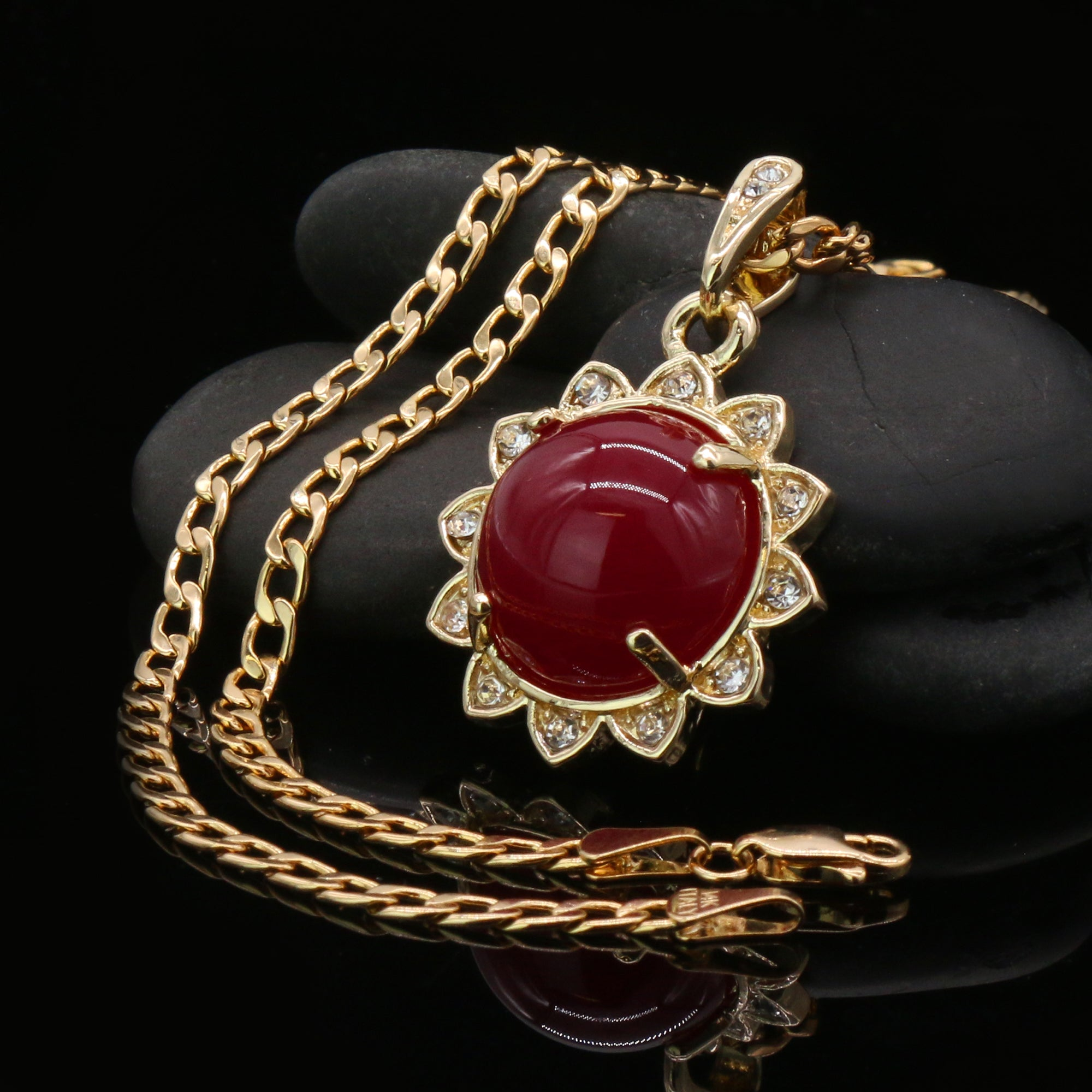Red Round Women's Jade Chain Pendant Necklace