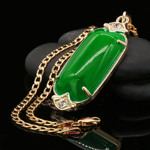 Green Cylinder Women's Jade Chain Pendant Necklace