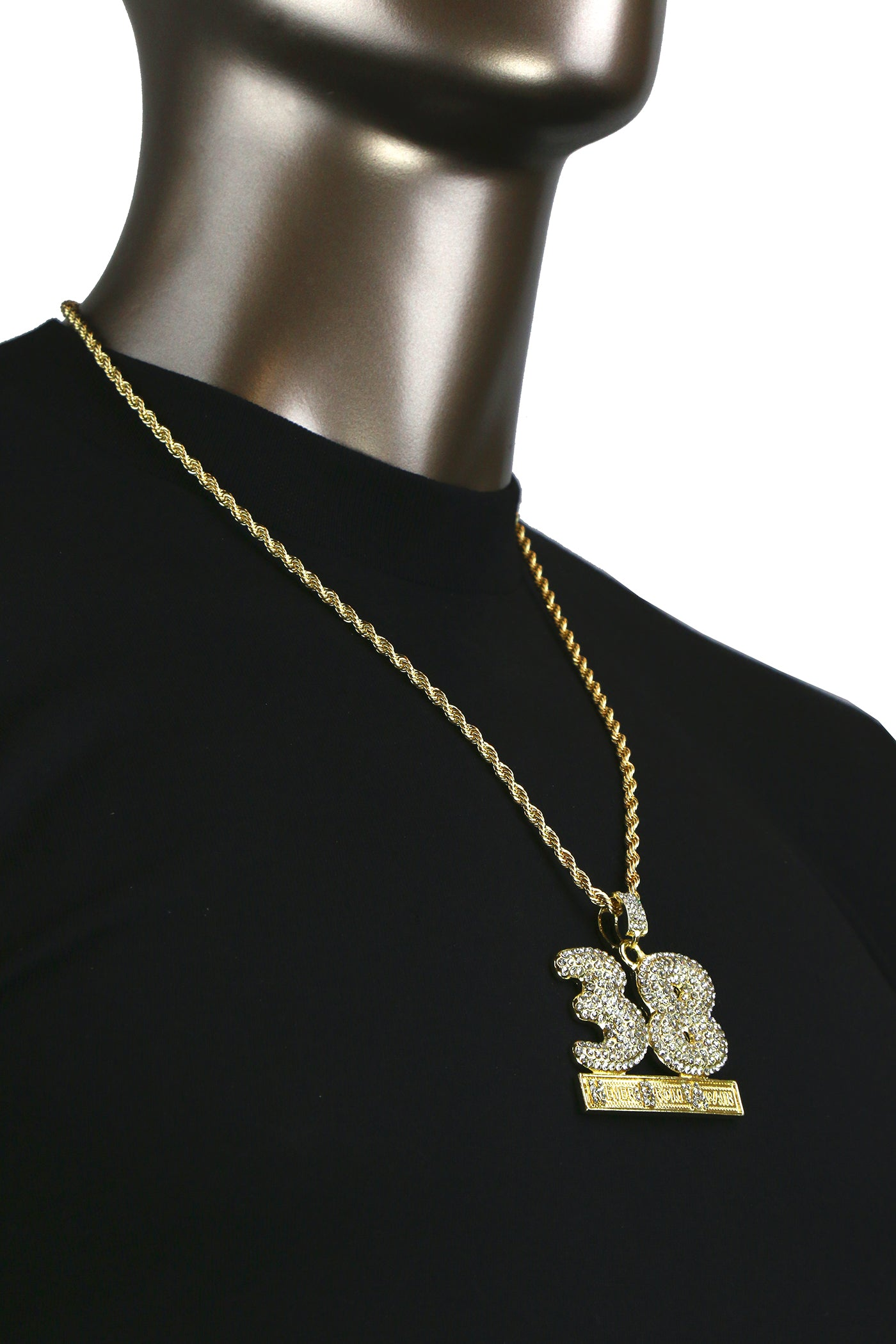 38 PENDANT WITH GOLD ROPE CHAIN