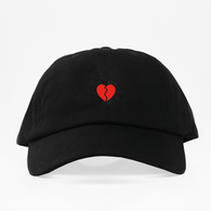 Broken Heart Dad Hat - Negra