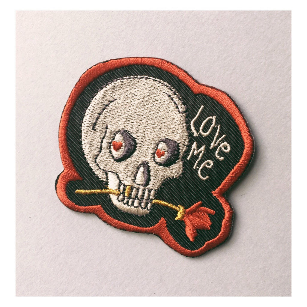 skull, patch, skull patch, love me patch, etsy, hearts, gift, illustration, original patch, love, flower