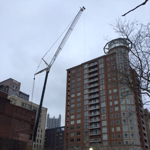 Crane Rental Lift in City A Crane USA