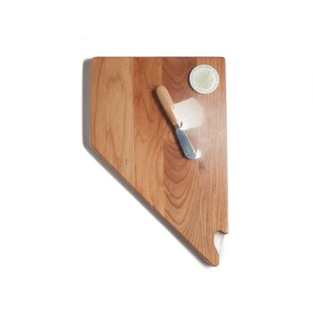 Nevada Cutting Board with Spreader