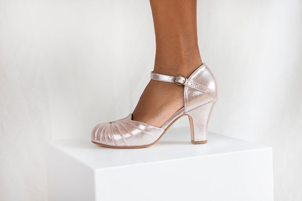 Amber in pink copper sparkle suede is a beautiful vintage inspired mary jane style. Perfect shoe for Prom
