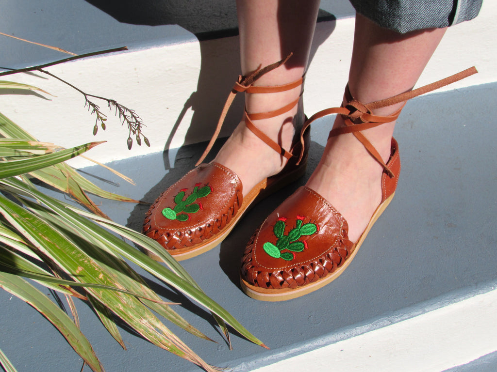Espinosa Cactus Detail Ankle Lace up Huarache